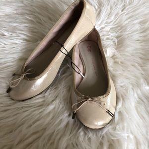 NWT Gap Gold Ballet Flats Sz 7